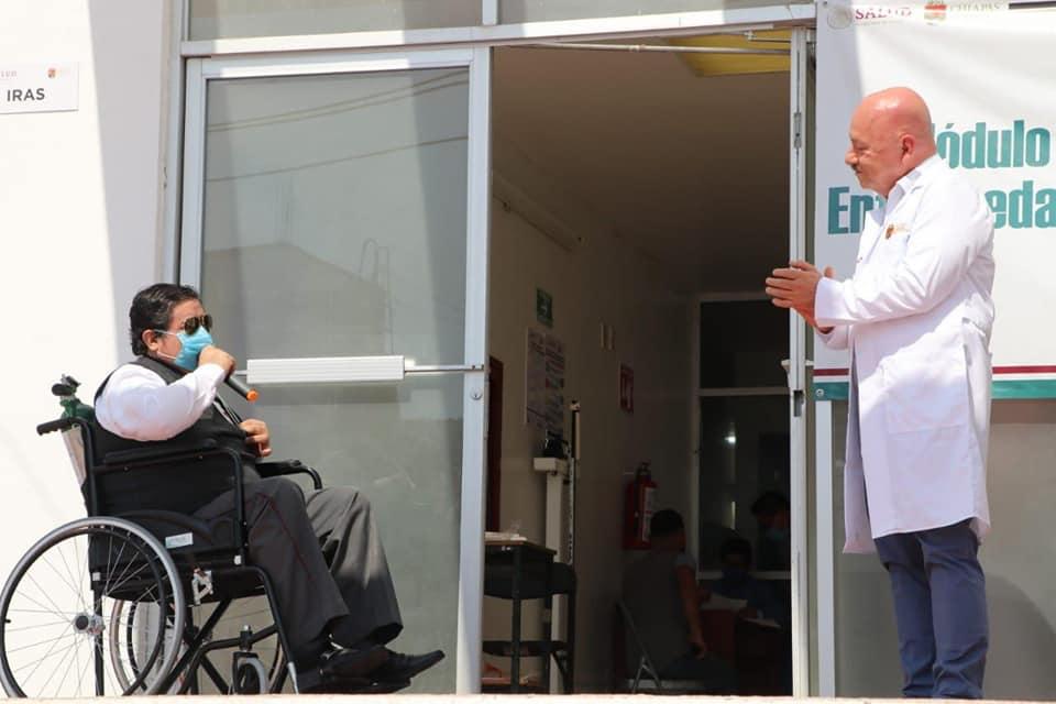 Alta primer paciente COVID-19_Palenque.jpg