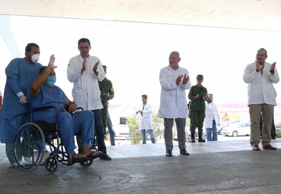 Egresan 2 pacientes más Hospital del ISSSTE.jpg