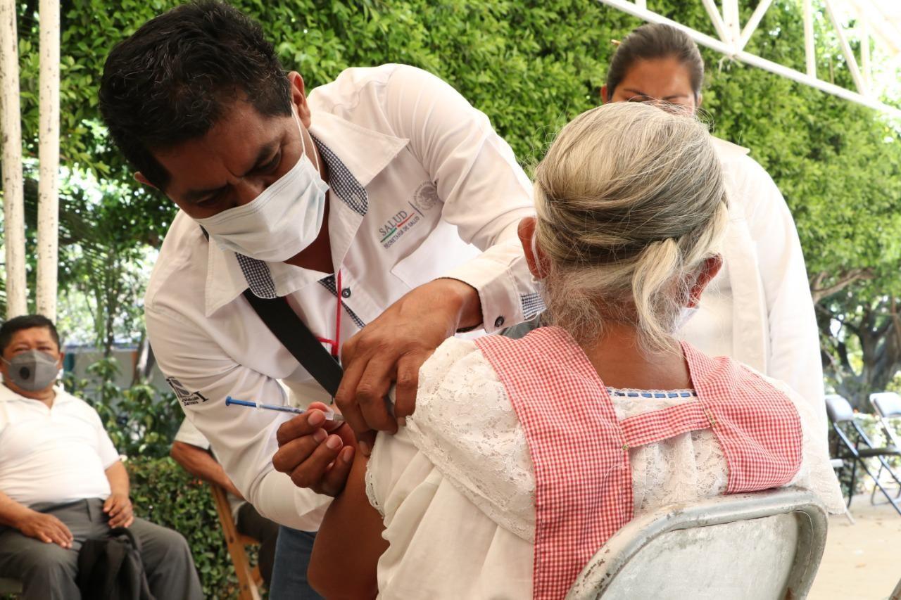 Continúa vacunación Tuxtla Gutiérrez y Tapachula.jpg