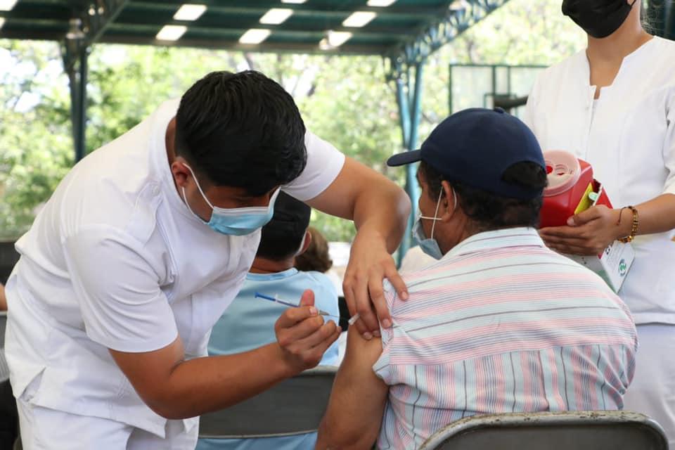 Continúa vacunación COVID-19 en mayores de 60 años.jpg