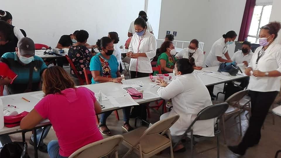 Vacunación a personas de 40 a 49 años se amplía en municipios de la Región Soconusco.jpg