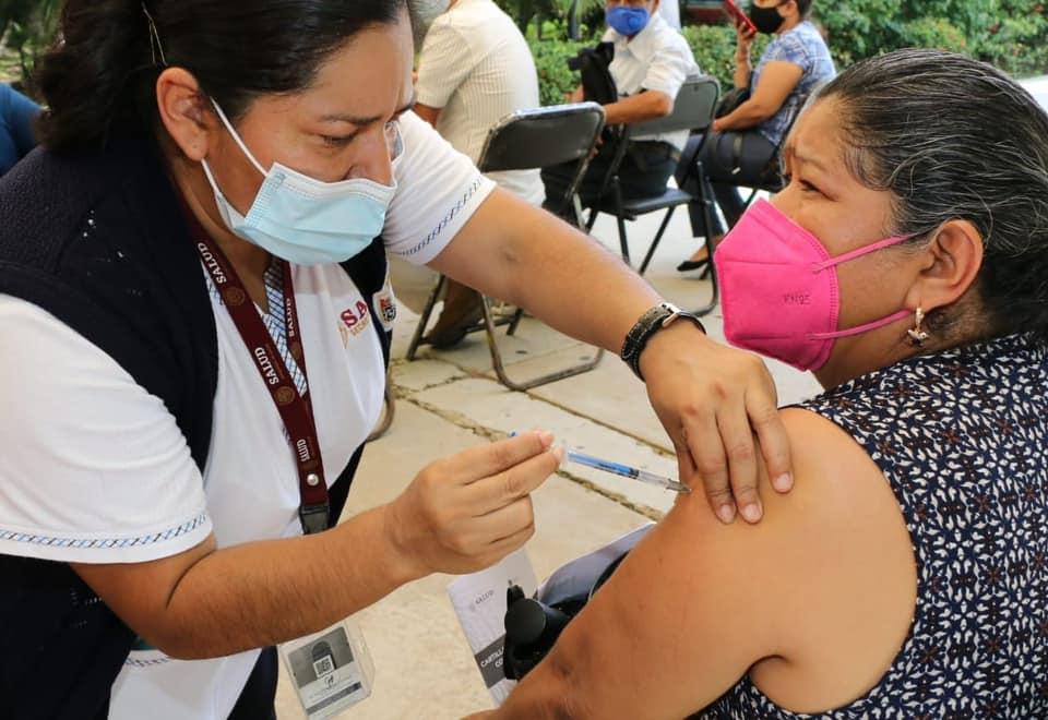 Este fin de semana continuará vacunación anticovid en personas de 50 a 59 años.jpg