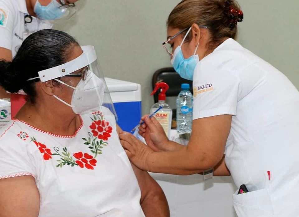 Permanecen activos puntos de vacunación anticovid para los grupos de 50-59 y 40-49 años.jpg