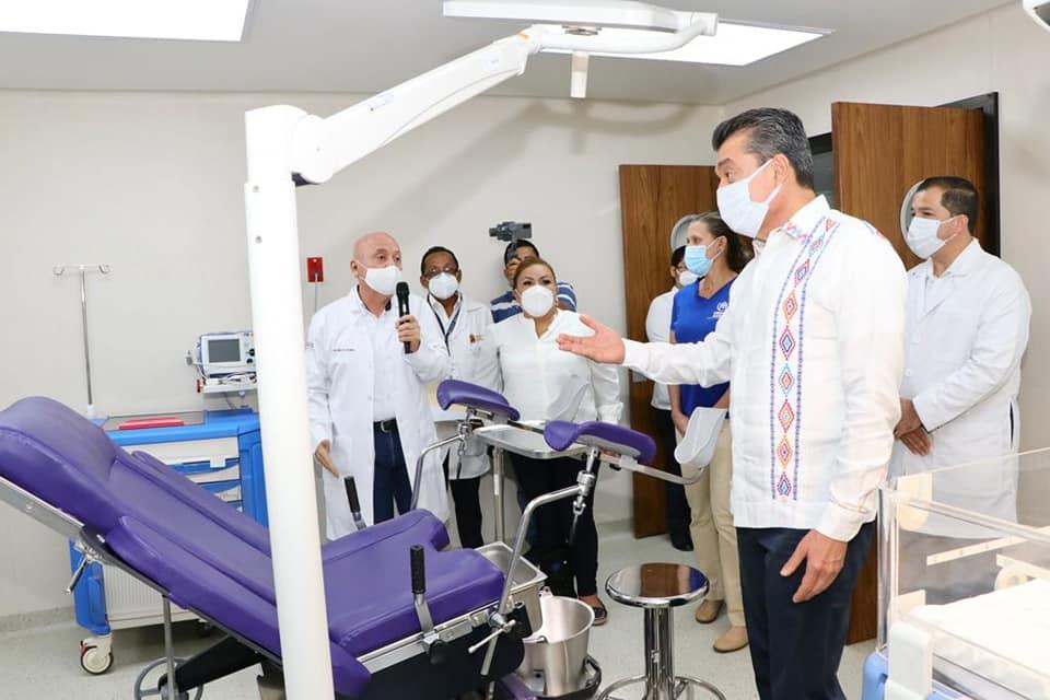 En Suchiate, inaugura Rutilio Escandón la reconversión del Centro de Salud con Hospitalización.jpg