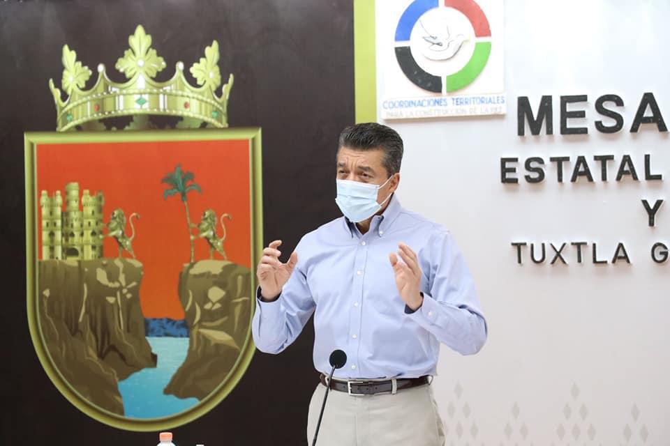 Rutilio Escandón reitera llamado a población de 40 años en adelante a vacunarse contra COVID-19.jpg