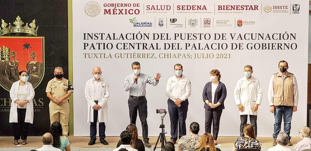 Contra COVID-19, arranca estrategia de vacunación itinerante en espacios públicos y privados.jpg