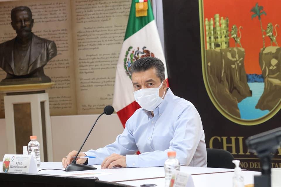 Más de 26 mil personas se vacunaron este martes contra COVID-19 en Chiapas.jpg