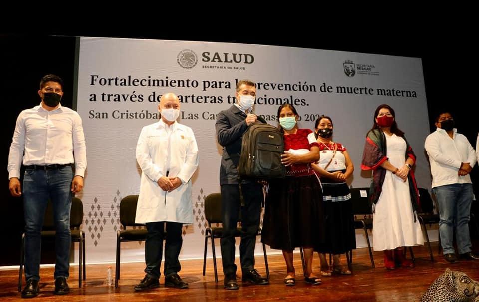En Chiapas se refuerza prevención de muerte materna con fortalecimiento a la labor de parteras.jpg