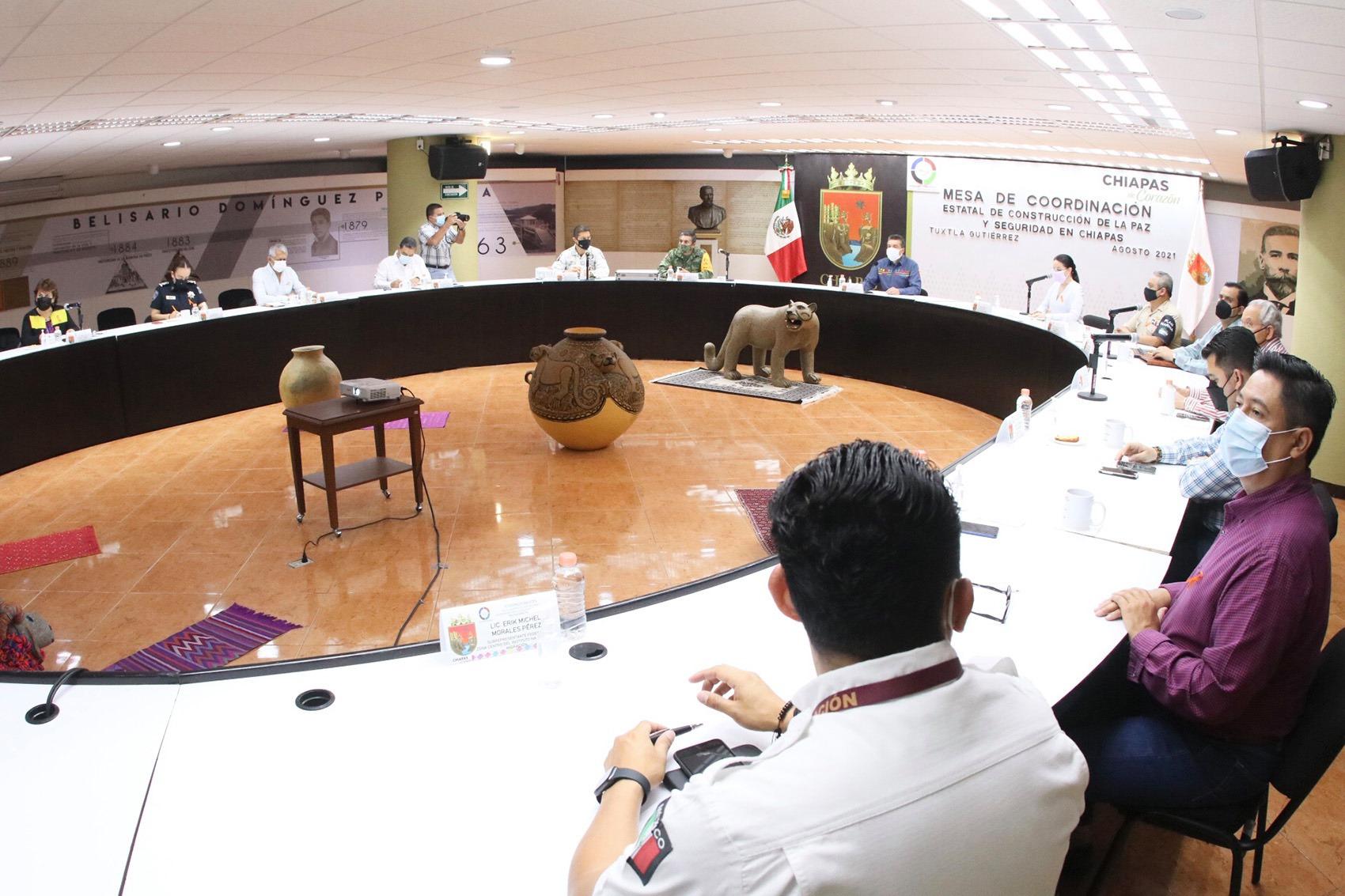 Rutilio Escandón refrenda voluntad de trabajar a favor del bienestar y seguridad de mujeres y niñas.jpg