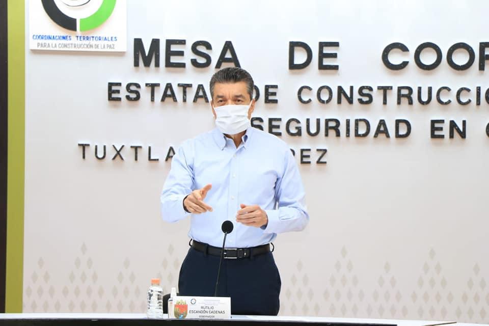 Rutilio Escandón pide mantener medidas contra el COVID-19 y acudir a centros de vacunación.jpg