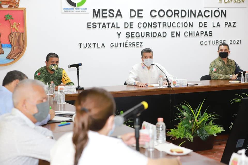 Avanza con éxito vacunación contra COVID-19 en Chiapas_Rutilio Escandón.jpg